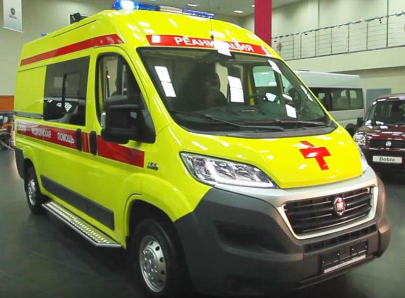 Автомобиль скорой помощи на выставке