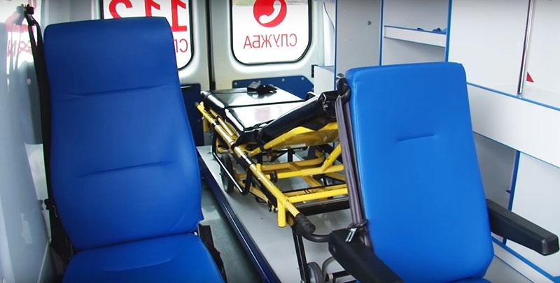 Носилки в карете скорой помощи
