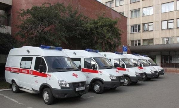 Автомобили скорой в Челябинске